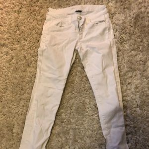 American Eagle white jeans.